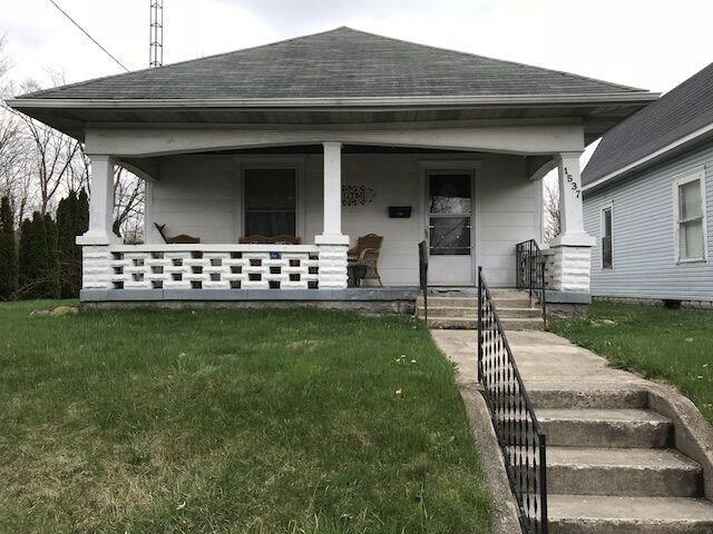 1537 A Avenue, New Castle, IN 47362 (MLS #21562368) :: The ORR Home Selling Team