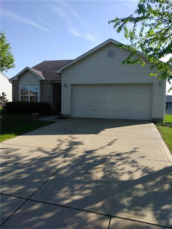 1360 Evergreen Drive, Greenfield, IN 46140 (MLS #21563778) :: RE/MAX Ability Plus