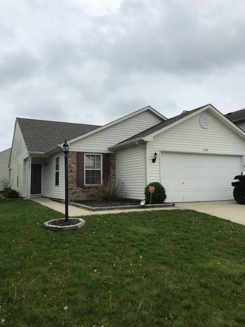 1389 Osprey Way, Greenwood, IN 46143 (MLS #21563942) :: RE/MAX Ability Plus
