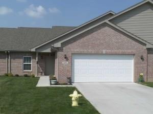 5616 Revere Dr Drive 29-B, Plainfield, IN 46168 (MLS #21564207) :: The ORR Home Selling Team