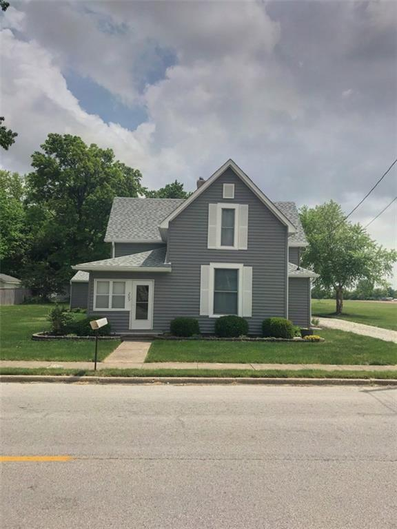 205 S Main Street, Advance, IN 46102 (MLS #21568114) :: Indy Plus Realty Group- Keller Williams