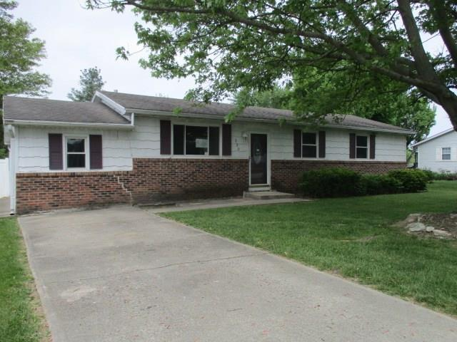 330 Illinois Street, Parker City, IN 47368 (MLS #21569986) :: Indy Plus Realty Group- Keller Williams