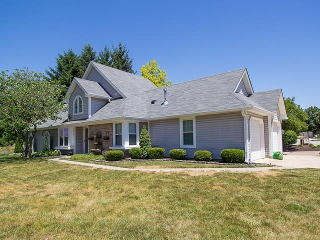 6644 Aintree Court, Indianapolis, IN 46250 (MLS #21570773) :: The Evelo Team