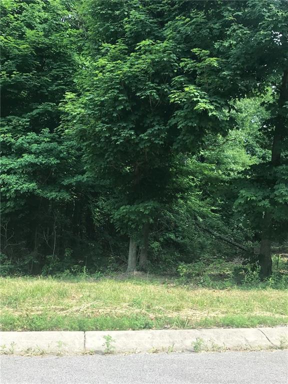 2159 N Wolf Den Lane, Martinsville, IN 46151 (MLS #21573053) :: Richwine Elite Group