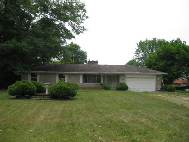 5327 Thornleigh Drive, Indianapolis, IN 46226 (MLS #21576177) :: Indy Plus Realty Group- Keller Williams