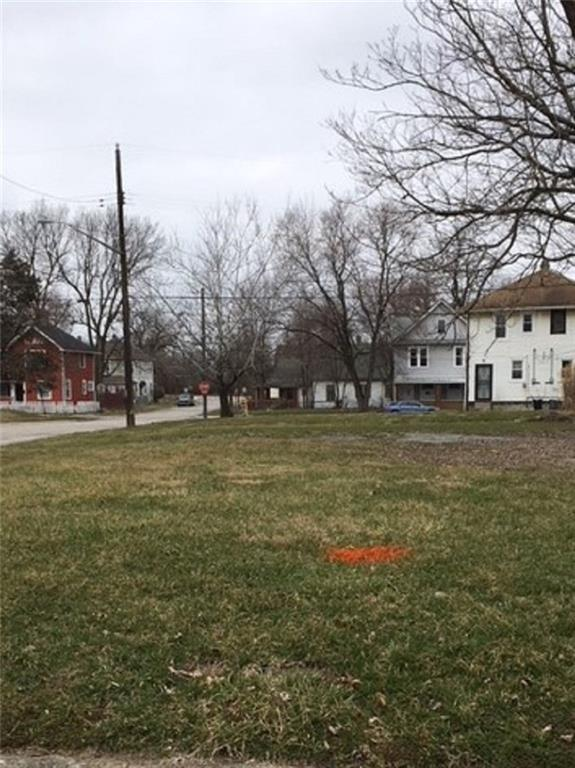 2902 Macpherson Avenue, Indianapolis, IN 46205 (MLS #21578577) :: Indy Plus Realty Group- Keller Williams