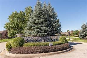 6553 Stonepointe Way, Indianapolis, IN 46259 (MLS #21581324) :: FC Tucker Company