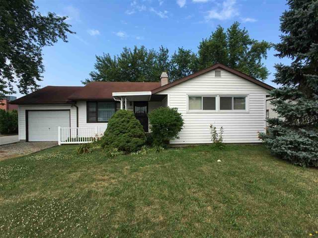 2905 S 14th Street, New Castle, IN 47362 (MLS #21581955) :: HergGroup Indianapolis