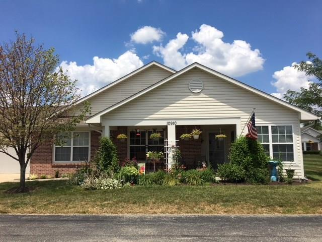 10910 Cocoa Beach Lane, Indianapolis, IN 46229 (MLS #21582181) :: The ORR Home Selling Team