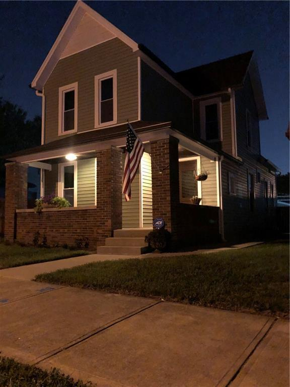1846 Barth Avenue, Indianapolis, IN 46203 (MLS #21588840) :: The Evelo Team