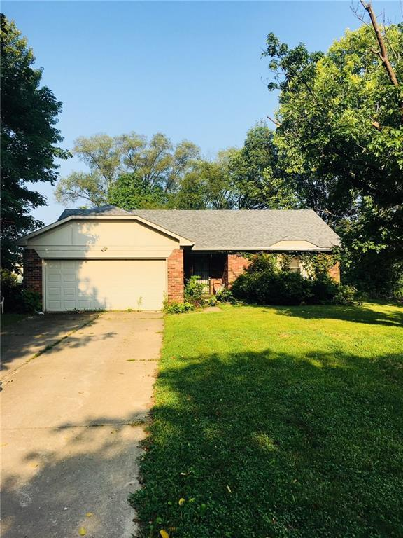 1579 Demaree Road, Greenwood, IN 46143 (MLS #21588847) :: The Indy Property Source