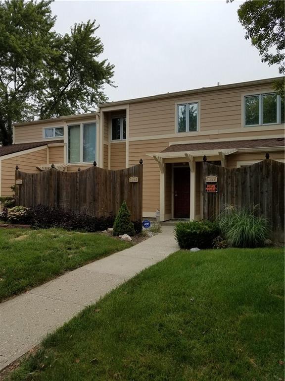 625 Cobblestone Road #26, Avon, IN 46123 (MLS #21589557) :: The ORR Home Selling Team
