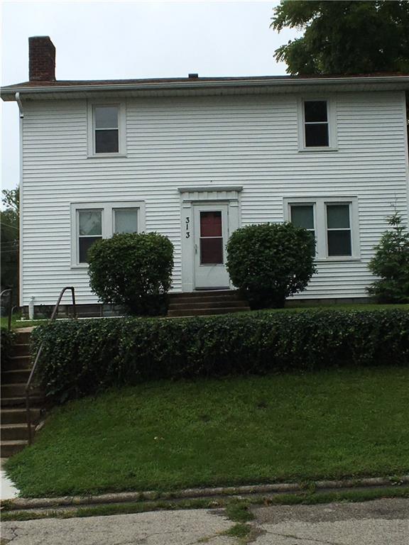 313 S Hutchinson Avenue, Muncie, IN 47303 (MLS #21589777) :: The ORR Home Selling Team