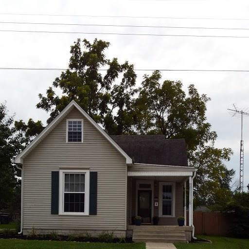 213 E College Avenue, Brownsburg, IN 46112 (MLS #21590334) :: The Indy Property Source