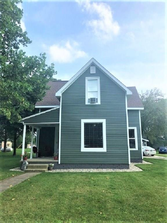 205 W Washington Street, New Richmond, IN 47967 (MLS #21590732) :: Mike Price Realty Team - RE/MAX Centerstone