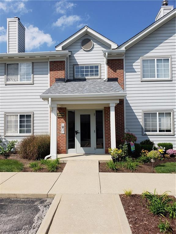 8426 Glenwillow Lane #104, Indianapolis, IN 46278 (MLS #21592175) :: FC Tucker Company