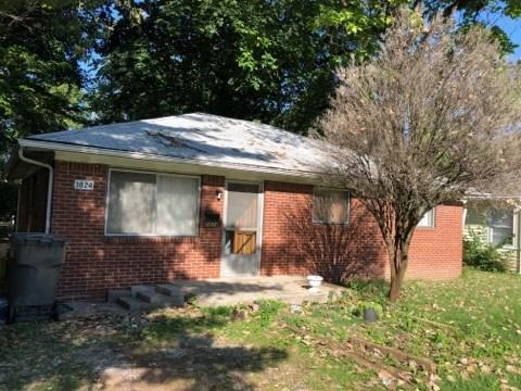 3824 N Butler Avenue, Indianapolis, IN 46226 (MLS #21593863) :: Mike Price Realty Team - RE/MAX Centerstone