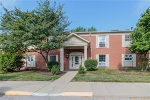 7468 Lions Head Drive D, Indianapolis, IN 46260 (MLS #21594454) :: The Evelo Team