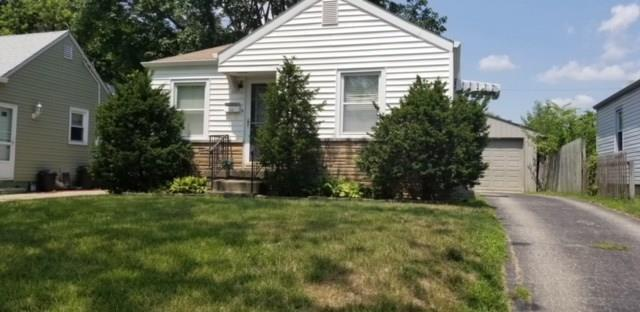 2330 Calhoun Street, Indianapolis, IN 46203 (MLS #21595403) :: Mike Price Realty Team - RE/MAX Centerstone