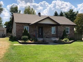 620 E Pushville Road, Greenwood, IN 46143 (MLS #21595901) :: HergGroup Indianapolis