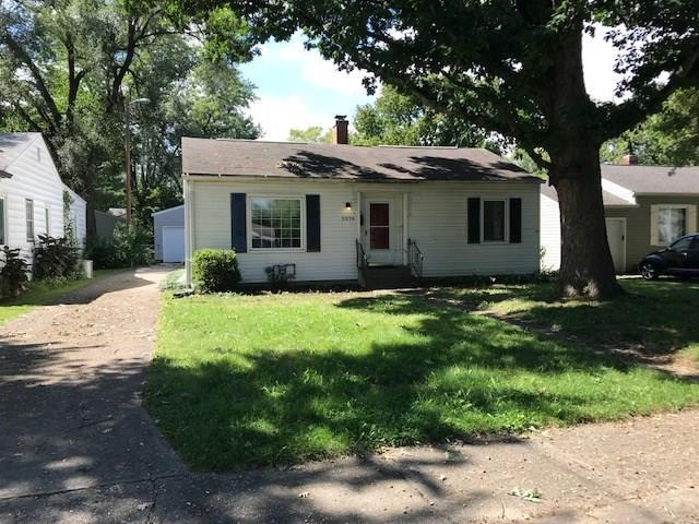 5326 Evanston Avenue, Indianapolis, IN 46220 (MLS #21596111) :: Mike Price Realty Team - RE/MAX Centerstone
