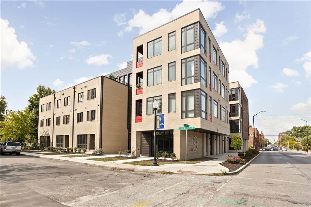 319 16th Street - Photo 1