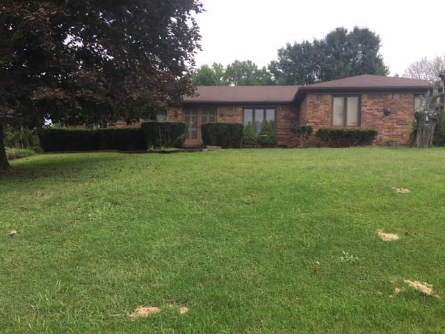 1521 S Lake Drive, Martinsville, IN 46151 (MLS #21598414) :: Richwine Elite Group