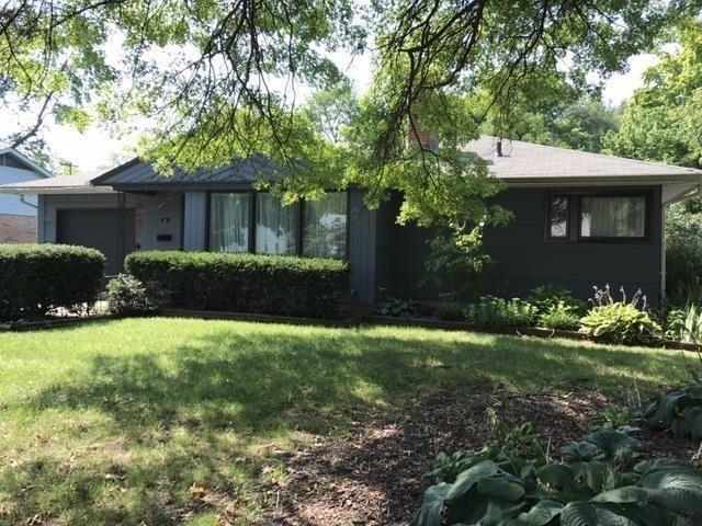 2615 E 57th Street, Indianapolis, IN 46220 (MLS #21598523) :: Richwine Elite Group