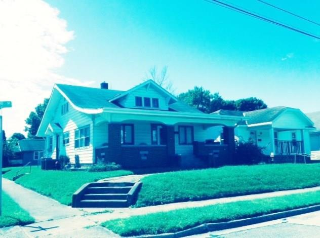 1401 W 3rd Street, Anderson, IN 46016 (MLS #21599570) :: Mike Price Realty Team - RE/MAX Centerstone