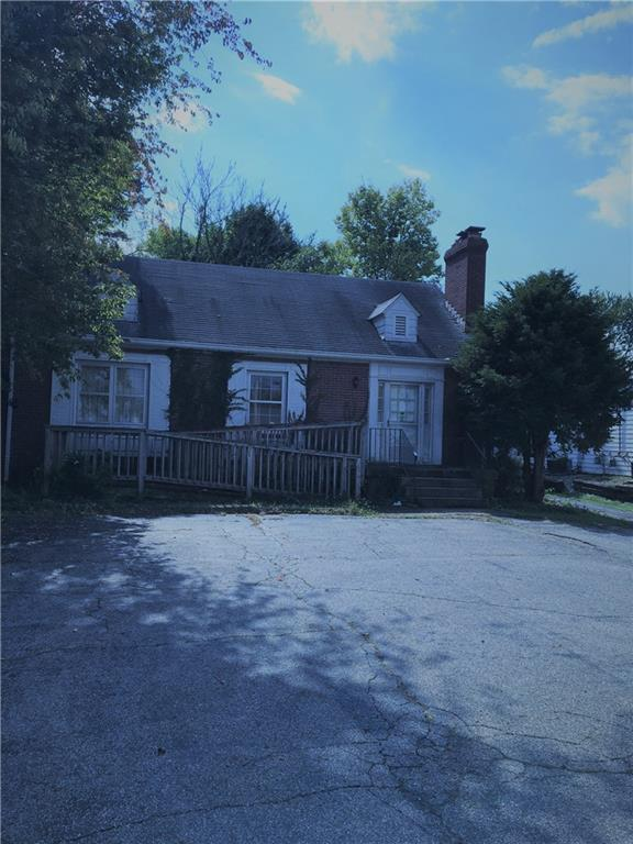 1005 E 86th Street, Indianapolis, IN 46240 (MLS #21599987) :: Mike Price Realty Team - RE/MAX Centerstone