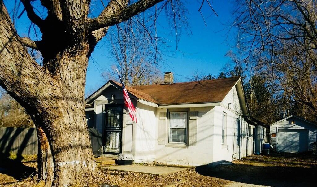 6923 Crittenden Avenue - Photo 1