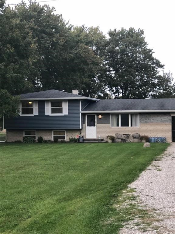 9432 Southeastern Avenue, Indianapolis, IN 46239 (MLS #21601046) :: Indy Scene Real Estate Team
