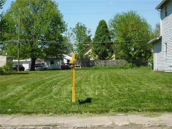 1446 Perkins Avenue, Indianapolis, IN 46203 (MLS #21601414) :: The Indy Property Source