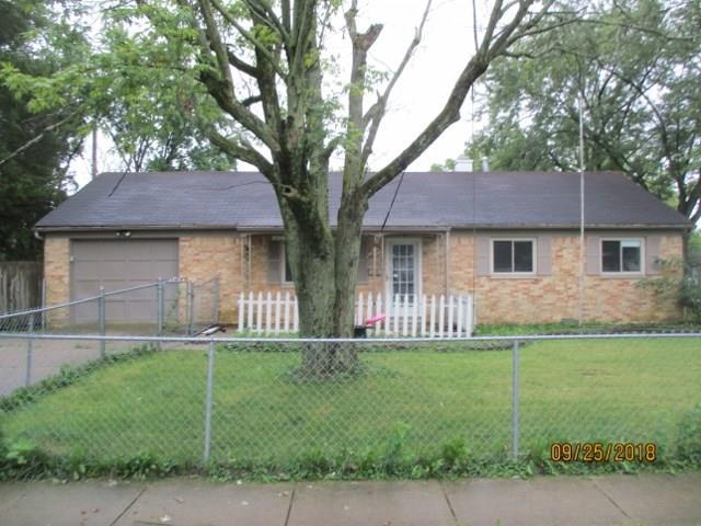 12 Eastridge Drive, Greenwood, IN 46143 (MLS #21601643) :: The Indy Property Source