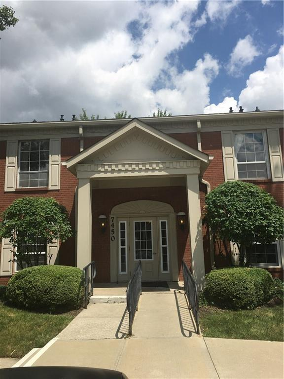 7450 D Lions Head Drive, Indianapolis, IN 46260 (MLS #21603413) :: AR/haus Group Realty