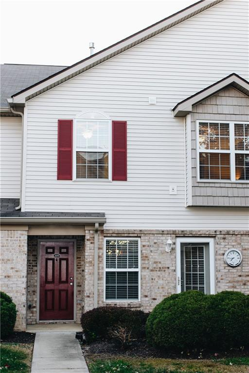 1131 Fernwood Way C, Plainfield, IN 46168 (MLS #21605117) :: Mike Price Realty Team - RE/MAX Centerstone