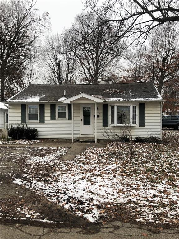 527 Harrison Street, Anderson, IN 46012 (MLS #21610547) :: The Evelo Team