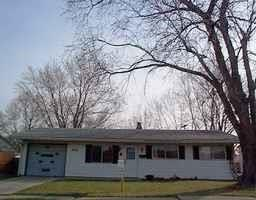 2311 Eastwood Drive, Indianapolis, IN 46219 (MLS #21611811) :: The ORR Home Selling Team