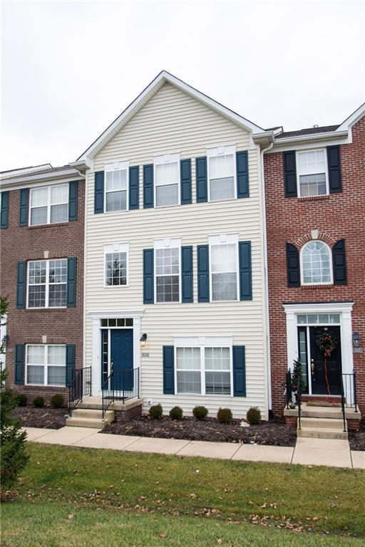 9415 Glencroft Way, Indianapolis, IN 46250 (MLS #21612055) :: Mike Price Realty Team - RE/MAX Centerstone