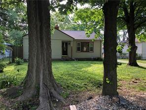 2021 Forest Manor Avenue, Indianapolis, IN 46218 (MLS #21613421) :: Mike Price Realty Team - RE/MAX Centerstone