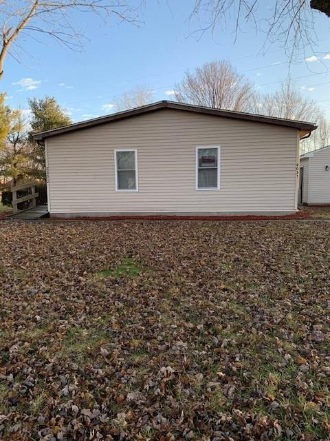 2031 Jason Drive, Lebanon, IN 46052 (MLS #21614225) :: Mike Price Realty Team - RE/MAX Centerstone