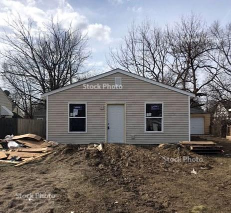3111 N Tacoma Avenue, Indianapolis, IN 46218 (MLS #21614369) :: Mike Price Realty Team - RE/MAX Centerstone