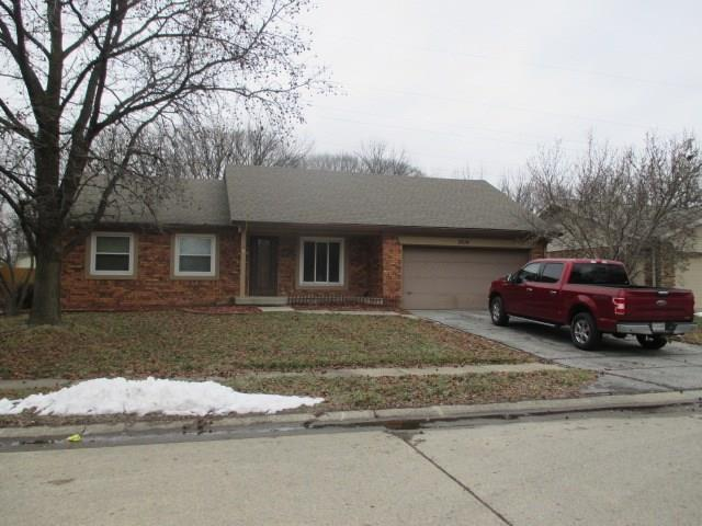 5514 Riva Ridge Drive, Indianapolis, IN 46237 (MLS #21616070) :: Richwine Elite Group