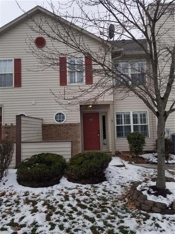 6149 Wildcat Drive, Indianapolis, IN 46203 (MLS #21617362) :: The Evelo Team