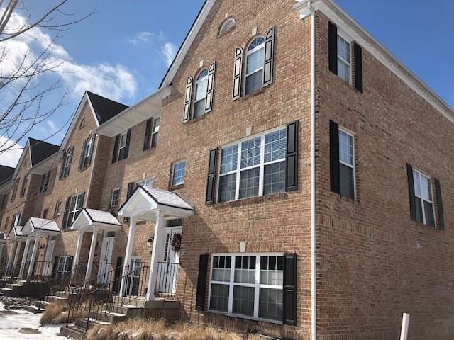 15334 Mystic Rock Drive, Carmel, IN 46033 (MLS #21618976) :: The ORR Home Selling Team