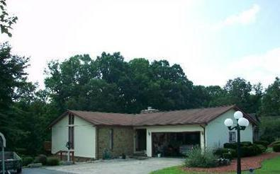 1851 Orchard Hill Road, Nashville, IN 47448 (MLS #21619510) :: Richwine Elite Group