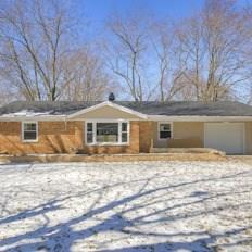 4016 N Emerson Avenue, Indianapolis, IN 46226 (MLS #21624013) :: Mike Price Realty Team - RE/MAX Centerstone