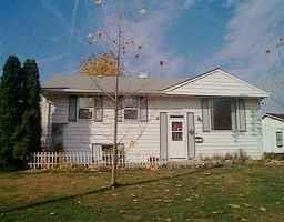 3530 N Wellington Avenue, Indianapolis, IN 46226 (MLS #21627330) :: Mike Price Realty Team - RE/MAX Centerstone
