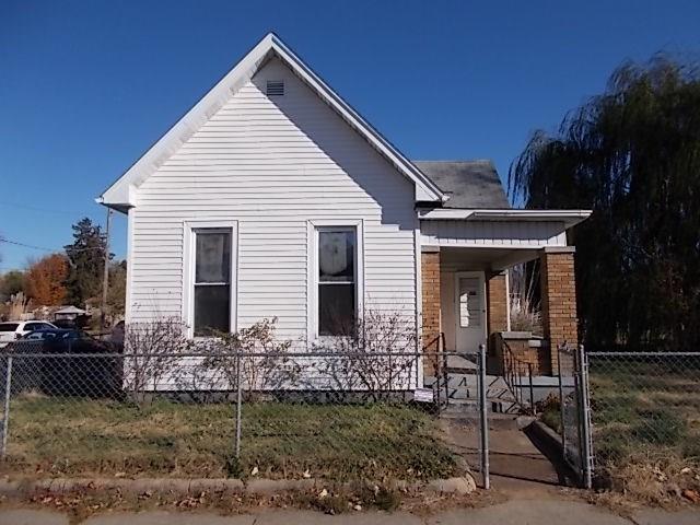 931 N 13th Street, Terre Haute, IN 47807 (MLS #21628014) :: The Evelo Team