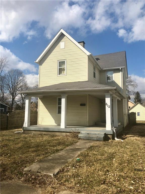 812 W 4th Street, Anderson, IN 46016 (MLS #21628165) :: The ORR Home Selling Team
